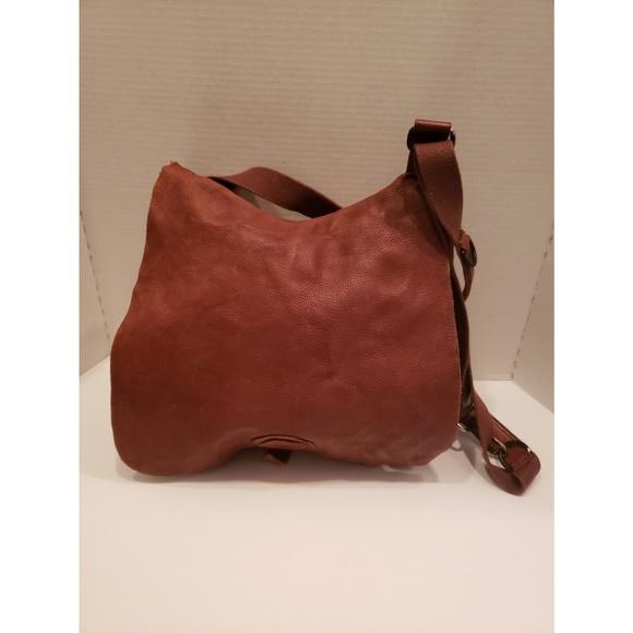 Lucky Brand Handbags - Lucky Brand brown leather saddle bag